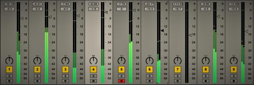 الفرق بين Peak و RMS وكيف يقاس الصوت في برامج التوزيعالموسيقي